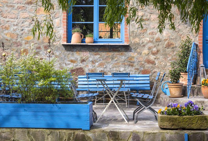 Meble ogrodowe pomalowane na niebiesko - polifarb.lodz.pl