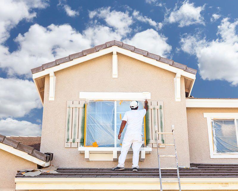 Dobrej jakości farba do malowania elewacji wpływa na estetykę i stanowi powierzchnię ochronną, odporną na czynniki atmosferyczne i uszkodzenia mechaniczne.